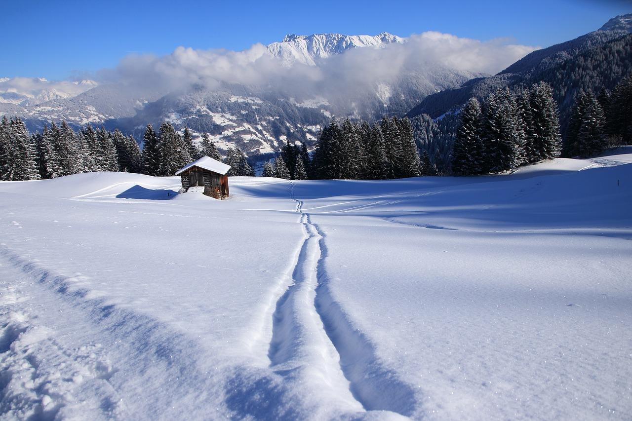 Hütte, Schnee